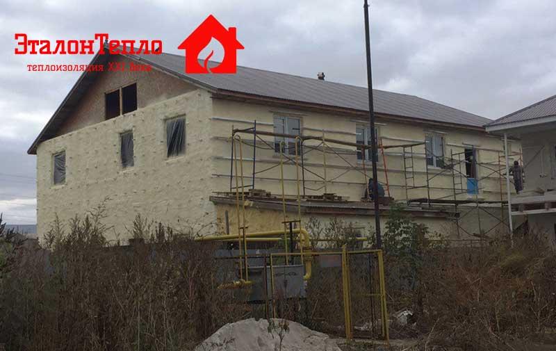 утепление-пенополиуританом-офисного-здания